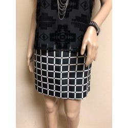 NEW ANN TAYLOR GEOMETRIC PRINT BLACK/WHITE MINI SKIRT SZ 0
