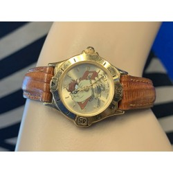 Armitron 1995 Quartz Tasmanian Devil Taz Gold Watch